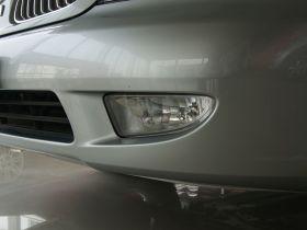 三菱-戈蓝车身外观图片