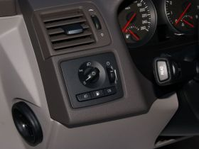 沃尔沃-沃尔沃S40车厢内饰图片