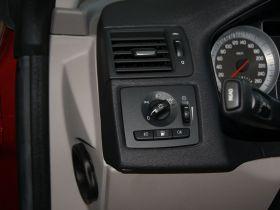 沃尔沃-沃尔沃C70车厢内饰图片