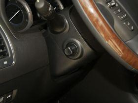 英菲尼迪-英菲尼迪QX中控方向盘图片