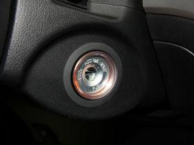 双龙-柯兰多中控方向盘图片