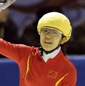 """刘秋宏——因伤未能参加2010温哥华冬奥会,当仍然是中国短道速滑""""梦之队""""一员。"""