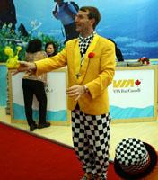 加拿大魔术师为观众送上惊喜