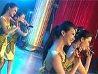 表演唱:《八月桂花遍地开》演唱:水仙子组合与长辫子组合