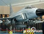 国产外销型枭龙战机亮相百年航空展 涂中巴两国标识
