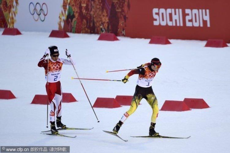 [高清组图]冬奥会北欧两项普通台弗伦泽尔夺冠