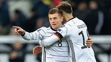 [圖]克羅斯兩球諾伊爾撲點 德國4-0白俄羅斯