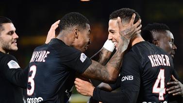 [图]法甲-迪马利亚两助攻 巴黎2-1客胜15分领跑