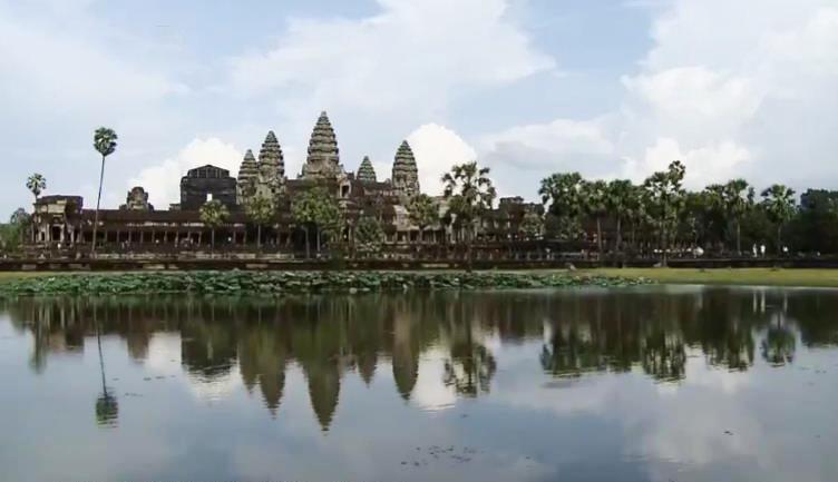 """《远方的家》 20200227 系列节目——亲历""""一带一路"""" 柬埔寨风土记"""