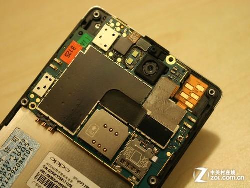 裸露的主板-时尚智能手机 OPPO Find 3拆机全体验图片