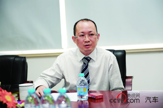 申龙客车副总经理黎明接受记者专访