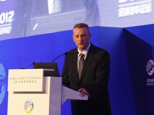 梅赛德斯-奔驰汽车金融(中国)有限公司总裁兼首席执行官 布莱恩 D.福顿