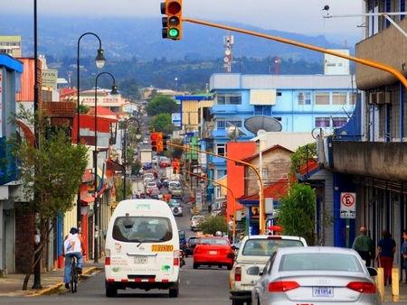 哥斯达黎加找路靠地标 街道没名称房屋没牌号