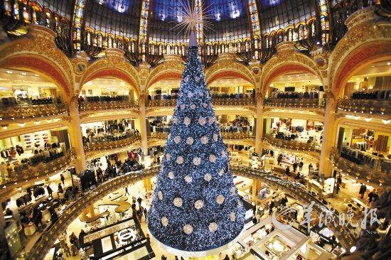法国巴黎著名的老佛爷百货公司