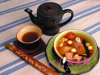 冬季喝汤进补 力荐7款美味易做养生汤食谱