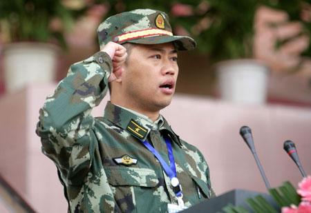 2008年7月,从中国人民武装警察部队学院调入重庆市公安消防总队,历任