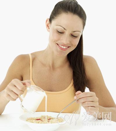 辣食物不可当早餐 4种不健康的早餐少吃为妙