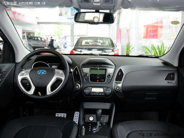 现代北京现代北京现代ix352012款 2.4L 自动两驱尊贵版GLS