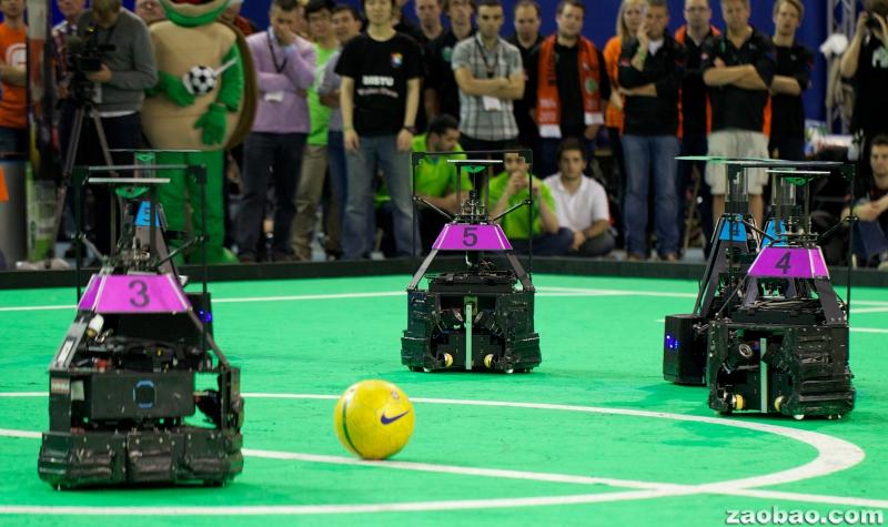 机器人世界杯足球赛中国3 2击败东道主荷兰