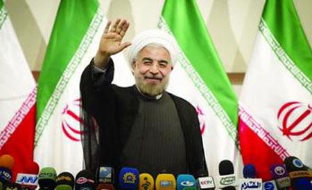 8月4日,伊朗新当选的总统鲁哈尼举行了就职典礼