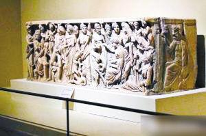 刻有普罗米修斯造人和人类命运故事的石棺
