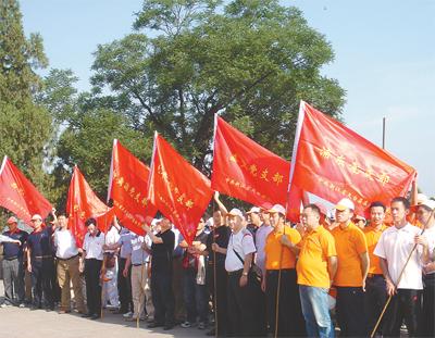 白鹤中心农贸市场;广东流动党总支党员戴明燕投资3000多万元,在天台县