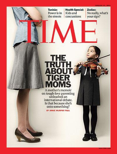 """2011年1月31日出版的《时代》周刊选择""""虎妈""""蔡美儿作为封面人物。"""