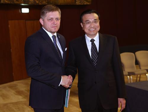 以色列总理分别会见斯洛伐克、捷克和匈牙利总理
