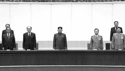 专家:朴凤柱在金正日悼念会上排位靠前 值得注意