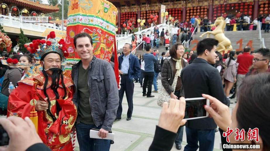 احتفلات رأس السنة الصينية الجديدة تعم العالم