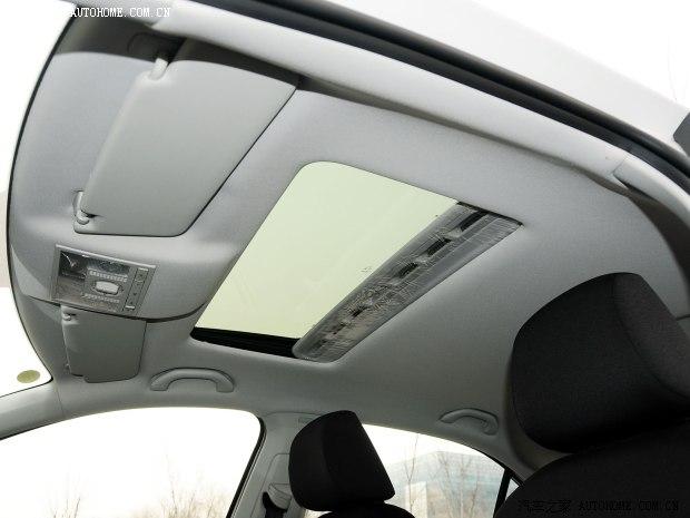 大众一汽-大众捷达2013款 1.6L 自动舒适型