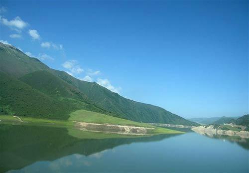 梦一般的蓝天白云,青山绿水