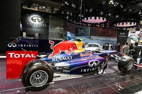 菲尼迪-红牛车队2014赛季全新F1战车RB10