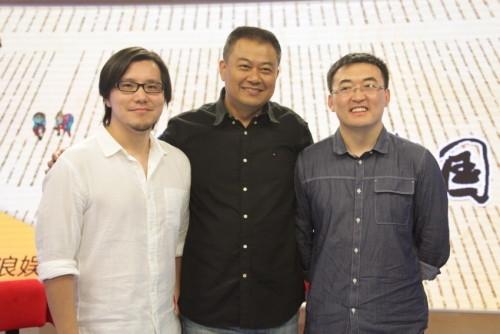 《舌尖2》导演团队(左起):第二集导演陈磊、总导演陈晓卿、第一集导演李勇