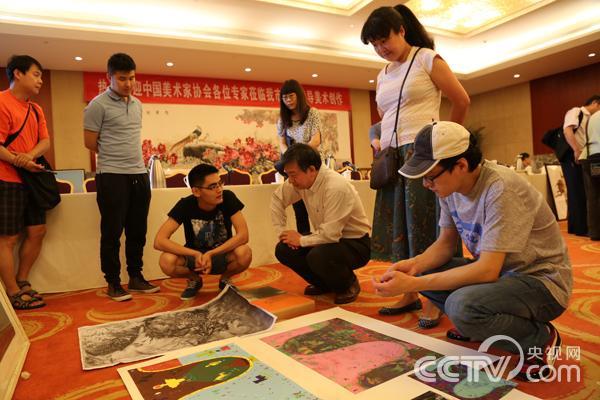 专家吴长江为创作者指导。