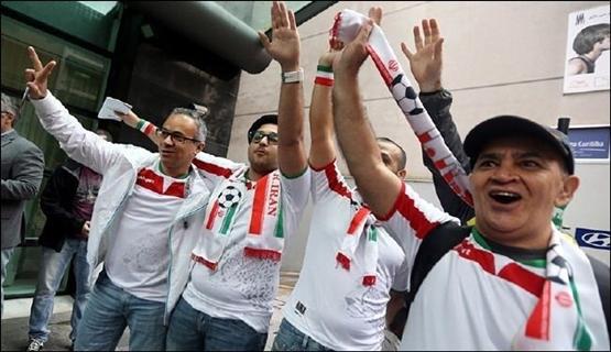 إيران تحتفل بالأداء المتميز للمنتخب الوطني في كأس العالم بالبرازيل