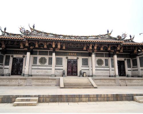 位于五店市传统街区的蔡氏家庙。