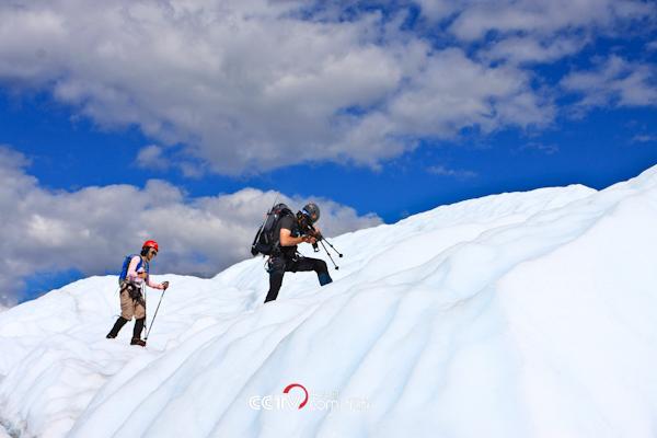 冰川上的行走