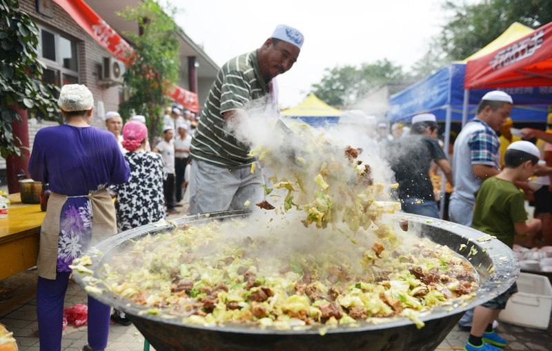 Good Traditional Eid Al-Fitr Feast - 2014073009504016633  Trends_197410 .jpg