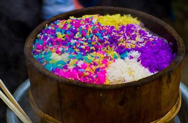 Arroz de cinco colores de los Buyi para la Fiesta de Primavera