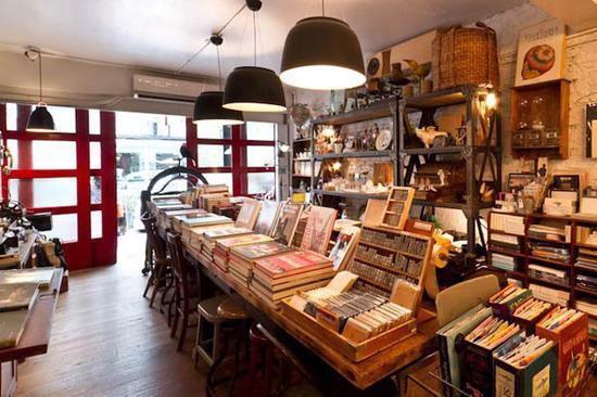 里书店_在世界上最美的书店里 还能安心看书么