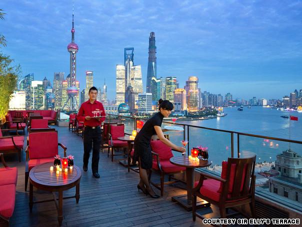 中国上海外滩半岛酒店艾莉爵士露台