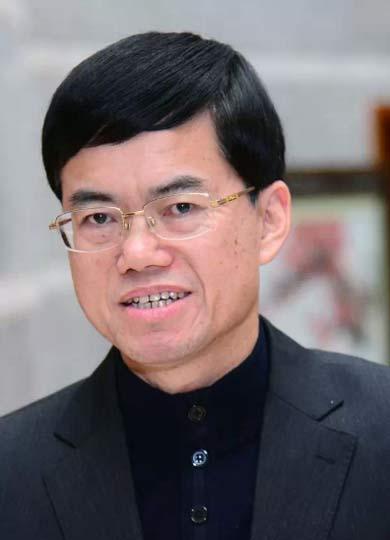 裴金佳,男,汉族,1963年8月生,福建安溪人,中共党员,1984年8月参加工作,中央党校在职大学学历,助理会计师。