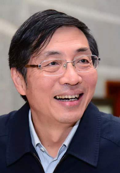 张健,男,汉族,1956年出生,山东栖霞人,中共党员,大学学历。