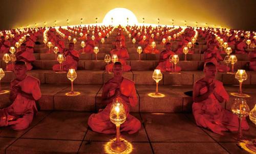 佛教与元宵节:观佛舍利 燃灯供佛