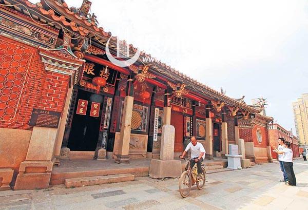 对于传统泉州人来讲,宗祠蕴藏着质朴的精神感召力,有凝聚同族群体的正能量。 (陈小阳 摄)