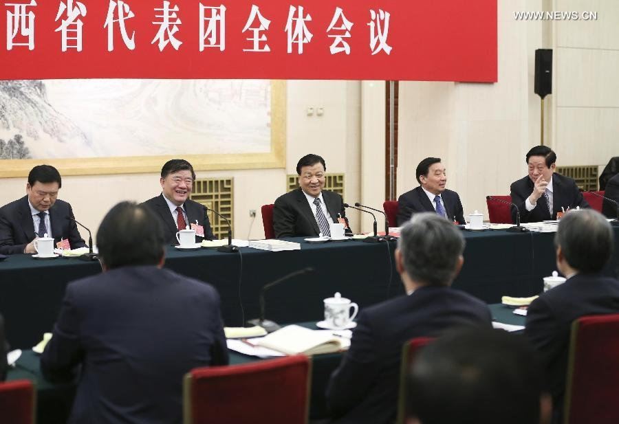 شارك ليو يون شان في النقاش مع النواب من مقاطعة شنشي