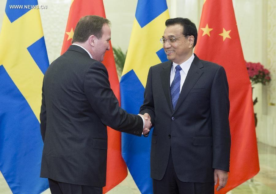 رئيس مجلس الدولة الصيني يجتمع مع نظيره السويدي
