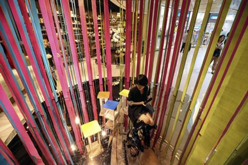 Легендарный торгово-развлекательный район Шанхая готовится к наплыву туристов