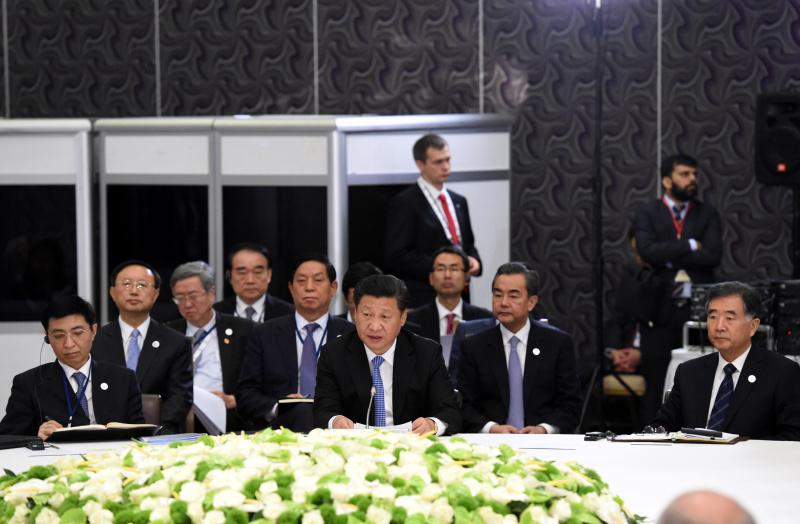 11月15日,金砖国家领导人非正式会晤在土耳其安塔利亚举行,习近平发表讲话。